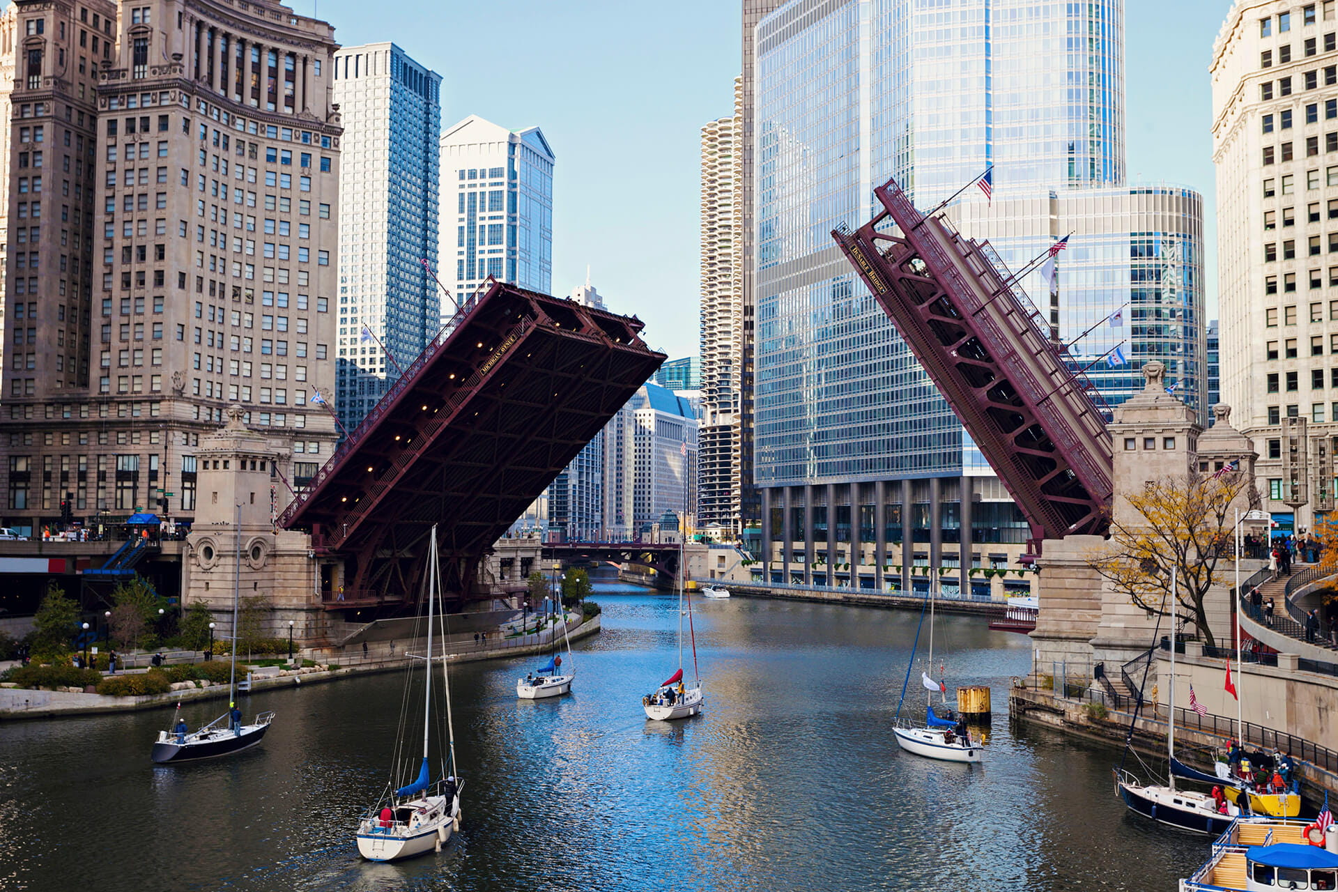 Illinois, Chicago, Michigan Avenue bridge
