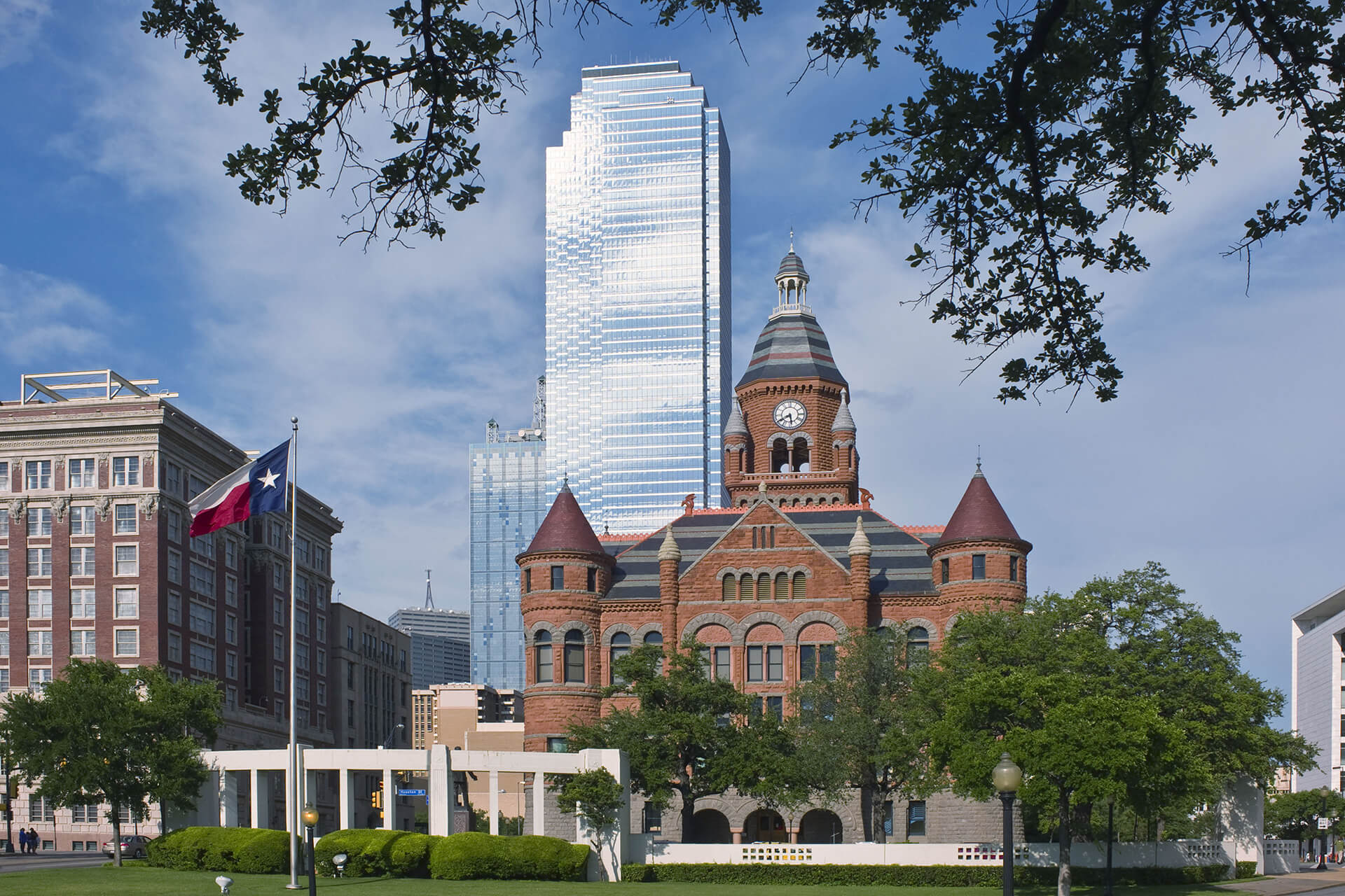 Dallas County Courthouse and Dealey Plaza