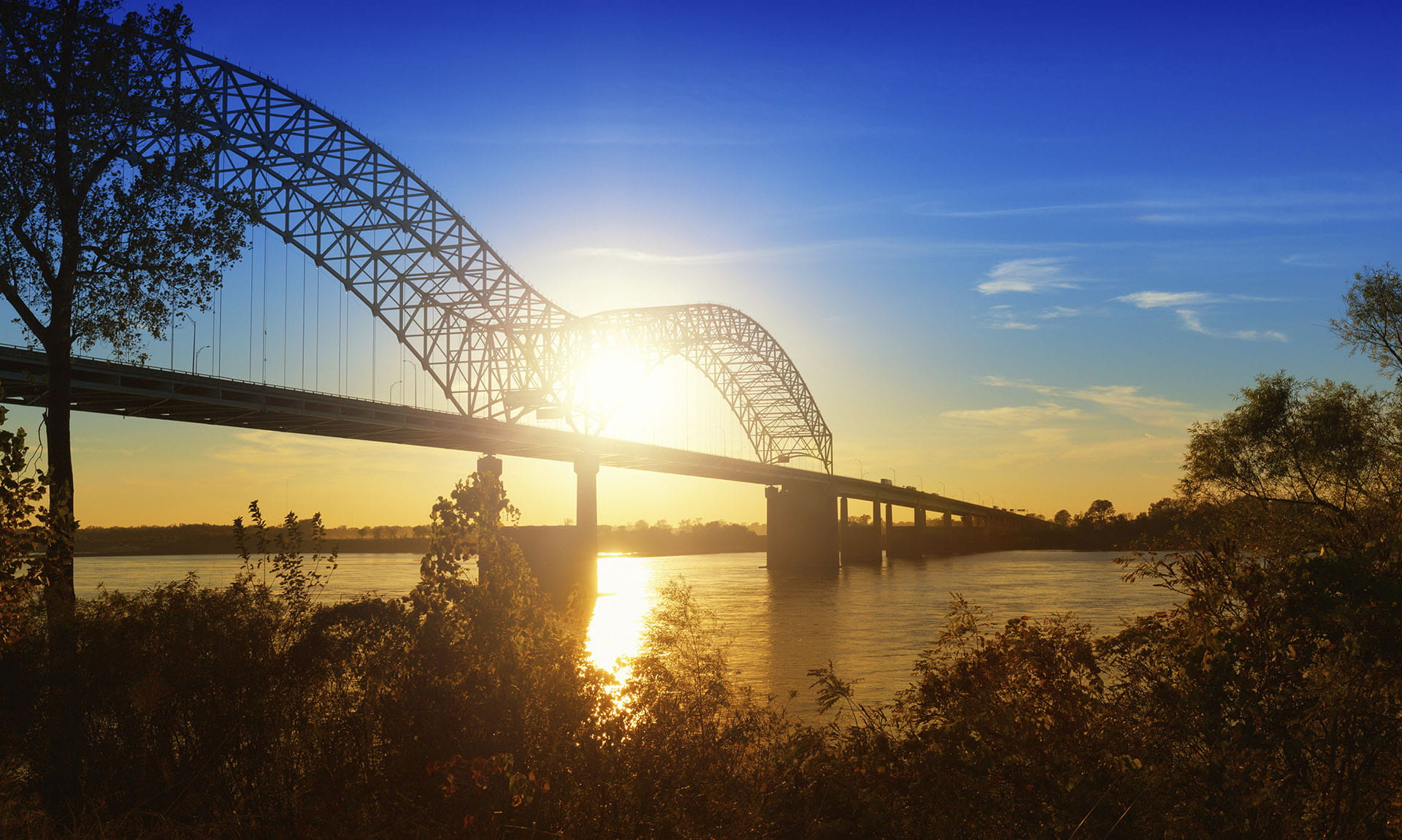Hernando De Soto Bridge, Memphis Sunrise