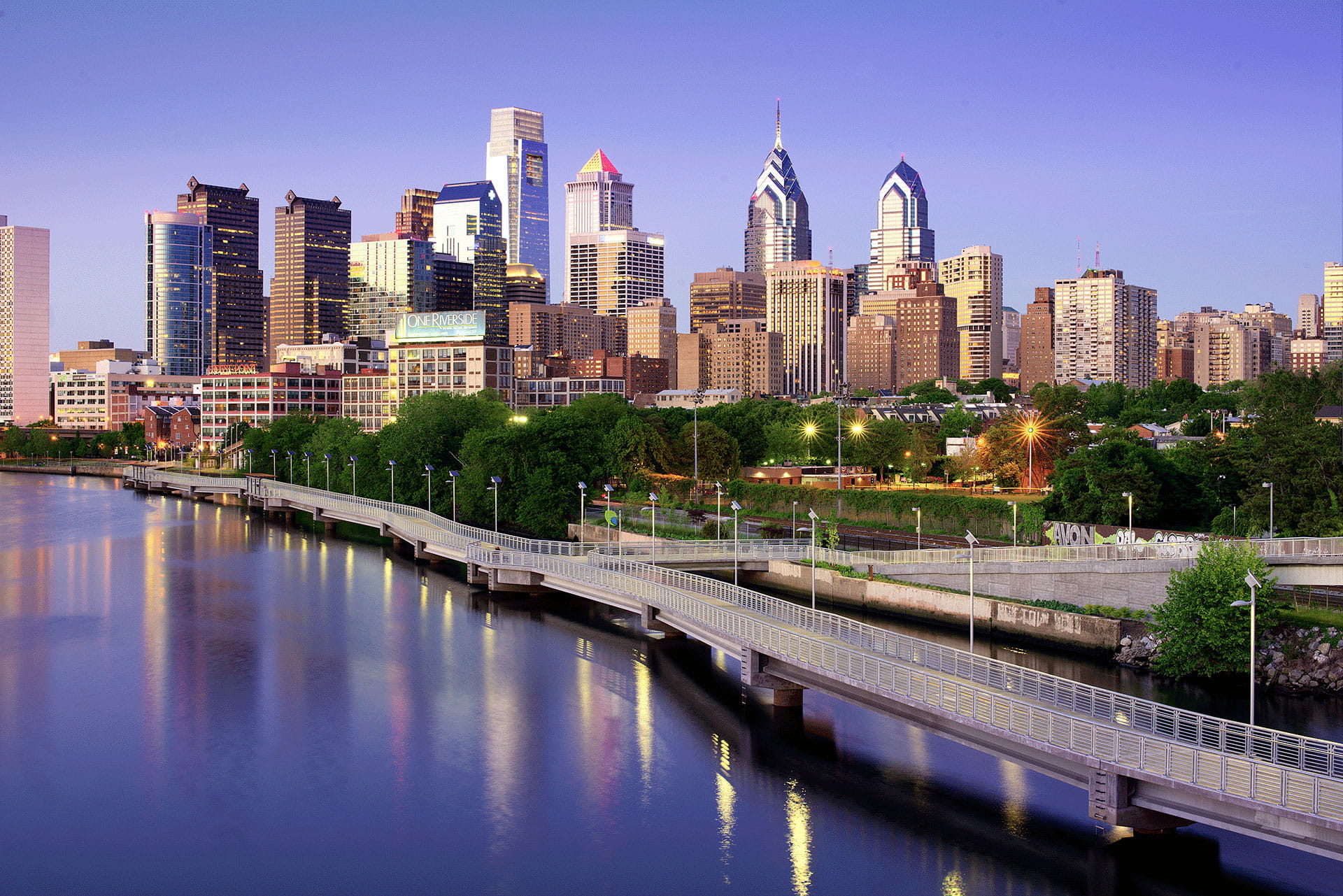 Downtown Philadelphia Skyline Water Ridge