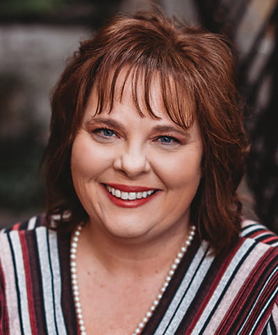 Julie Cook Davis Bio Photo
